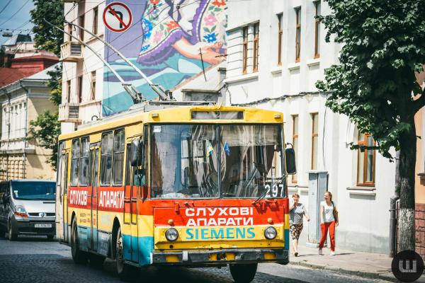Від сьогодні тролейбуси №2 не курсуватимуть Чернівцями (відео)