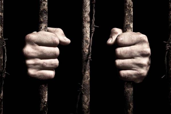 Наркоторговця з Чернівців заарештували