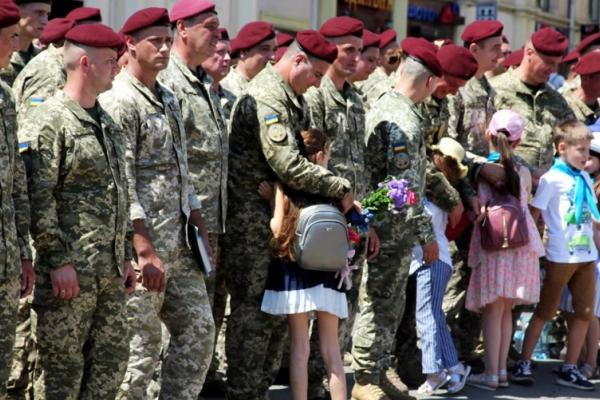 Десантники повернулися у Чернівці