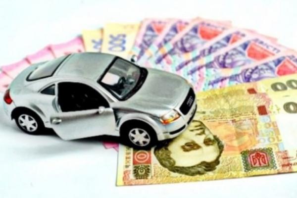 За п'ятирічні автомобілі сплачується податок – бюджет отримав уже перший мільйон
