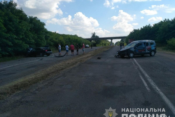 Дві ДТП з потерпілими на Буковині: троє осіб госпіталізовані