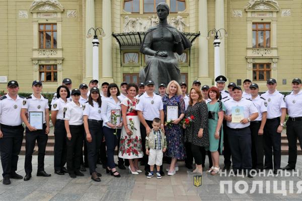 На Буковині відзначили кращих ювенальних поліцейських (Фото)