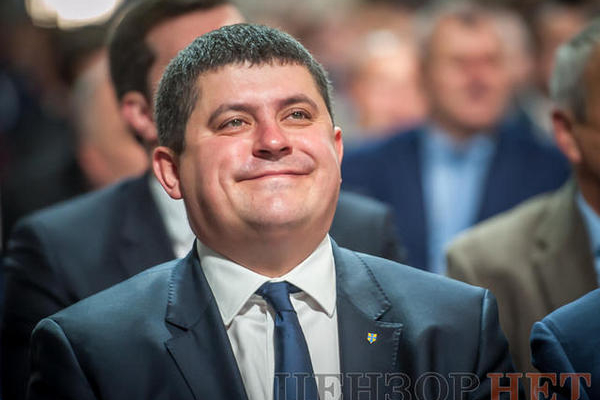 Нардеп з Буковини піариться на державних субвенціях (відео)