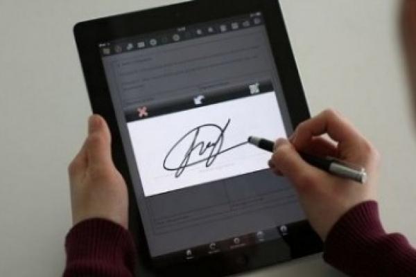 Підприємцям Буковин нагадують про зміни у документах про отримання ключа електронного цифрового підпису