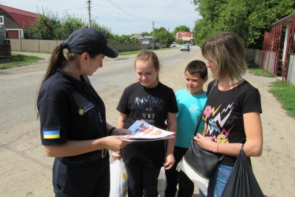 Чернівецька область: рятувальники проводять профілактичну роботу в житловому секторі
