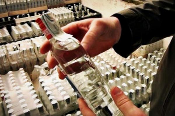 Буковинський підприємець торгував контрафактним алкоголем