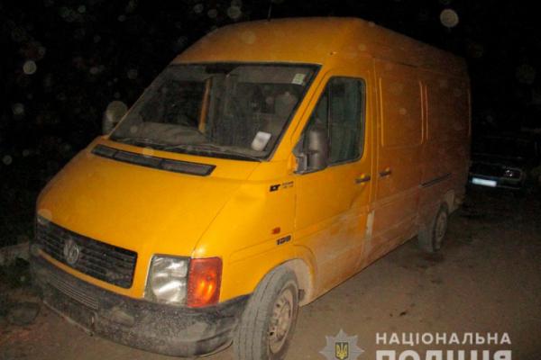 Неповнолітній буковинець збив на мікроавтобусі підлітка