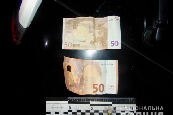 П'яний водій у Чернівцях намагався підкупити поліцейських