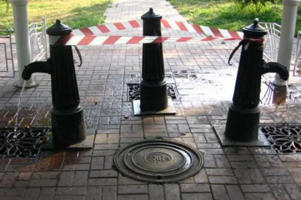 В бюветі у Чернівцях два дні припинять водопостачання