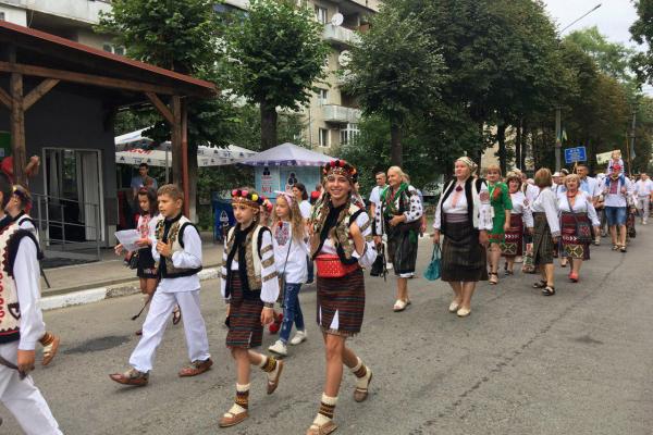У Вижниці відбувся Міжнародний гуцульський фестиваль (фото)