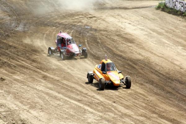 У Чернівцях пройдуть відкриті міжнародні чемпіонати з автокросу, автоспідвею, мотокросу, BMX-рейсингу та маутенбайку