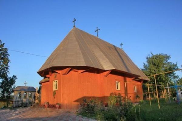 На Буковині обікрали церкву