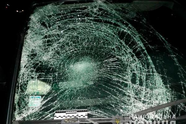 На Буковині внаслідок наїзду автівки постраждав пішохід