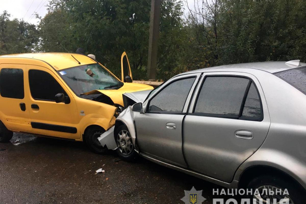 Внаслідок ДТП на Буковині травмувалося четверо осіб