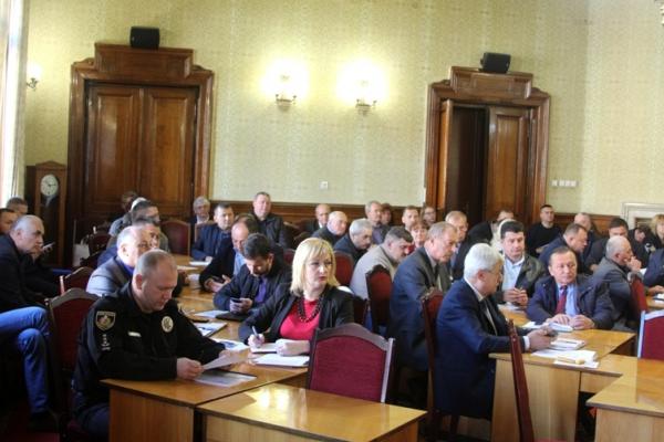 На Буковині обговорили стратегію розвитку ОТГ
