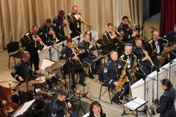 Буковинців вразив концерт USAFE BAND