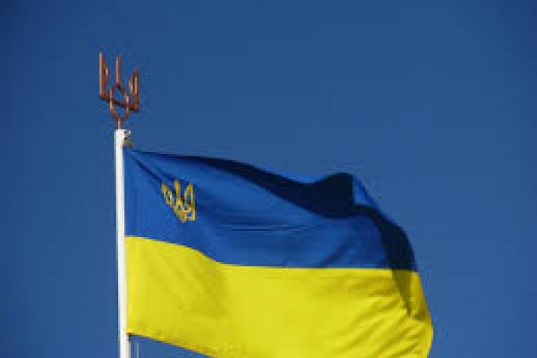 На Вижниччині невідомі пошкодили прапори на могилах воїнів АТО