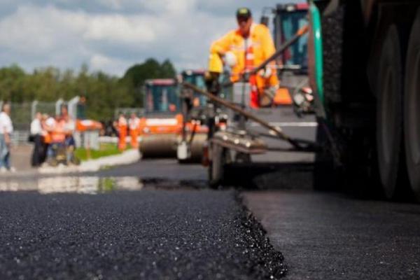 На Буковині до кінця року планують відремонтувати ще 5 автомобільних доріг