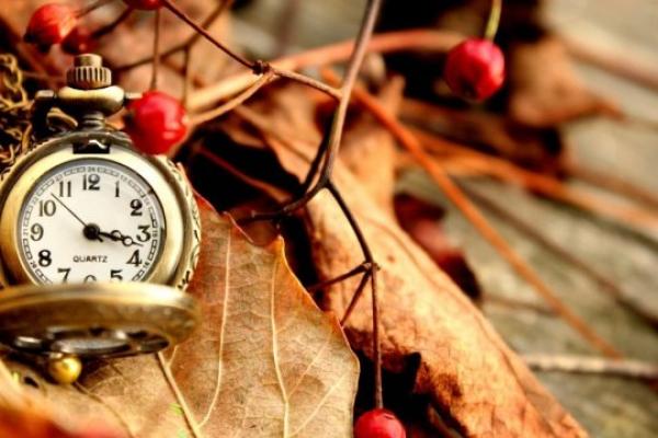 Невдовзі чернівчананм доведеться перевести годинники