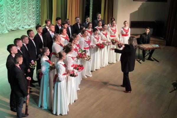 Студентський хор «Резонанс» ЧНУ взяв участь фестивалі у зоні ООС