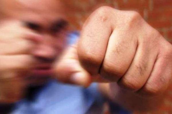 Буковинець наніс тілесні ушкодження поліцейському