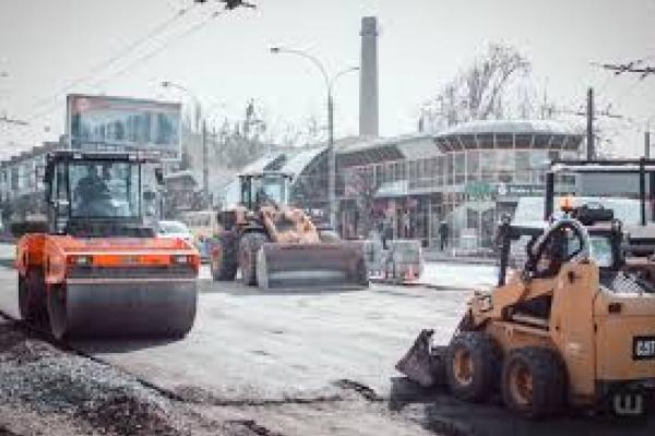 На Проспекті у Чернівцях невдовзі завершать ремонт (відео)