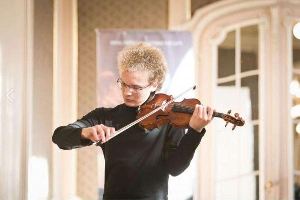 Чернівецький скрипаль підкорив журі міжнародного конкурсу