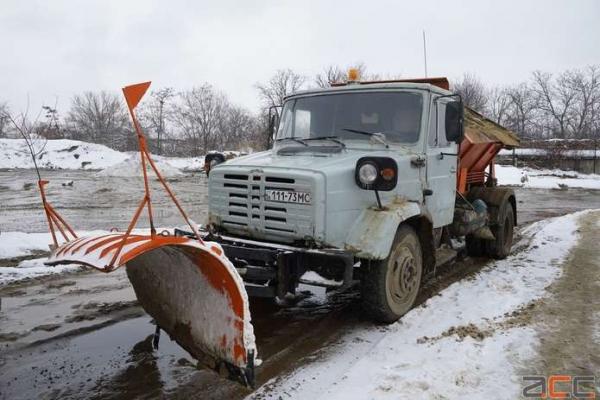 Едуард Дущак запевняє - Чернівці готові до першого снігу
