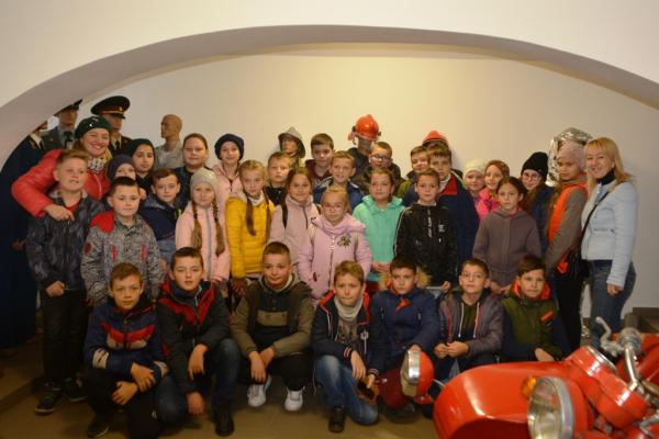 Буковинським школярам розповіли про історію та сучасність Служби порятунку
