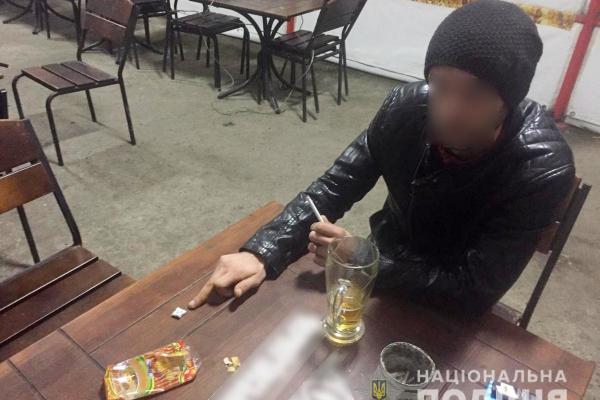 Буковинський дільничний викрив наркомана