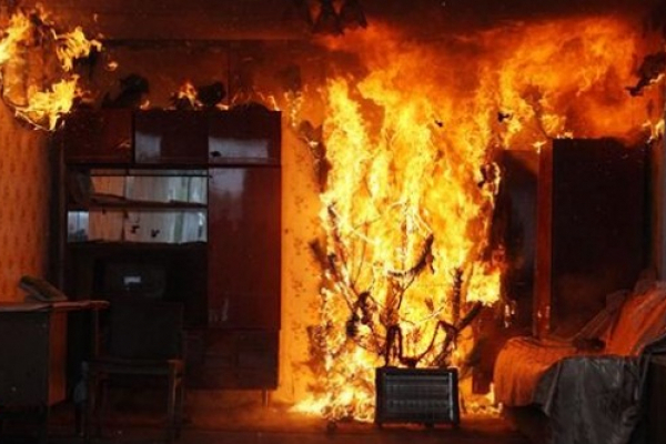 У Чернівцях жінка ледь не згоріла у квартирі через кип'ятильник