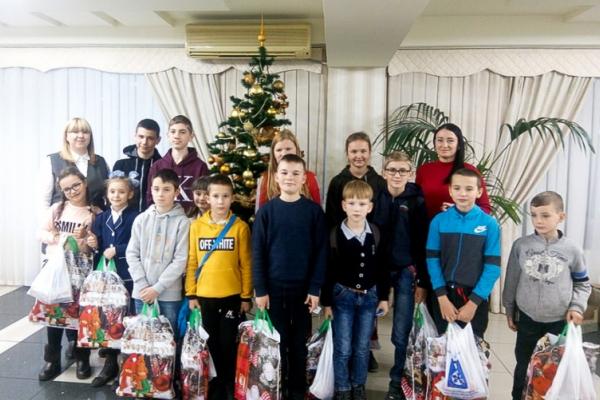 Понад 350 дітей та молоді з інвалідністю з Буковини взяли участь у святі