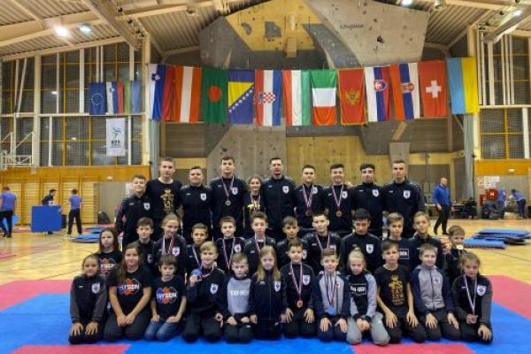 Чернівецькі каратисти здобули 17 медалей на турнірі Trebovlie Open 2019 (Фото)