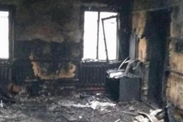 Усі документи згоріли: на Буковині в адмінприміщенні сталася пожежа (відео)