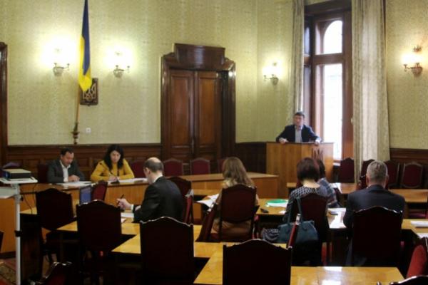 У Чернівцях обговорили користування земельними ділянками водного фонду