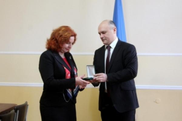 Ювілейною відзнакою «100 років Буковинському віче» нагородили Славку Томашікову