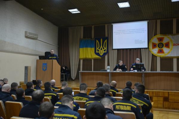 Вогнеборці Буковини взяли участь у школі оперативної майстерності