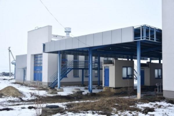 Сергій Осачук відвідав будівництво КПП у селі Дяківці