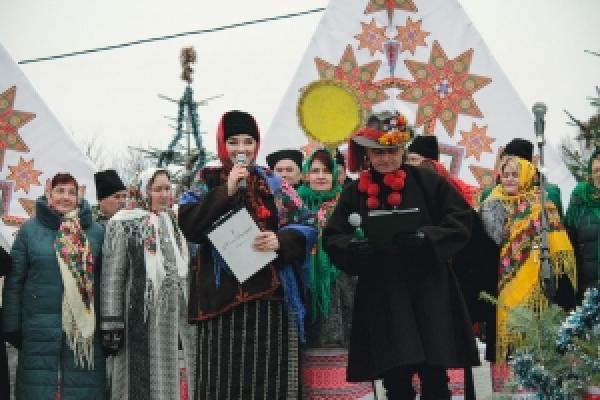 На Буковині під відкритим небом відбулося свято «Від Різдва Христового до Йордану»