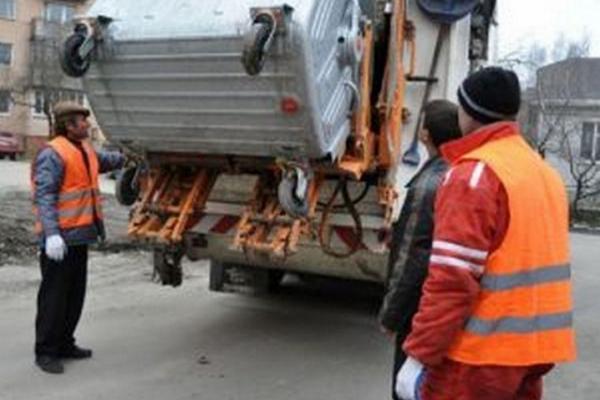 Чернівчани відтепер платитимуть більше за зберігання та вивезення сміття