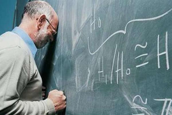 Чернівецькі вчителі залишилися без зарплати