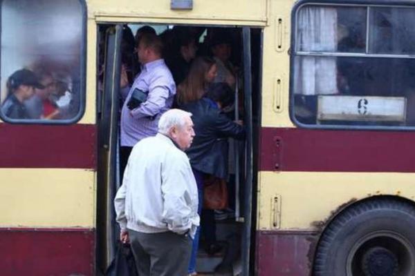 Проїзд у чернівецьких тролейбусах таки здорожчає?