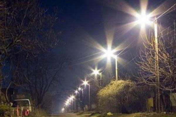 Чернівчани вимагають облаштувати вуличне освітлення на Рівненській