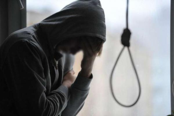 На Буковині неповнолітній юнак вчинив самогубство