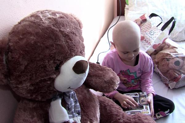 До онкохворих дітей із Буковини навідалися благодійники