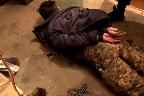 З'явилися подробиці стрілянини на Руській у Чернівцях (відео)