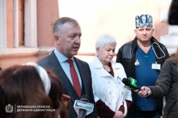 Обласна лікарня у Чернівцях отримала апарат штучної вентиляції легень