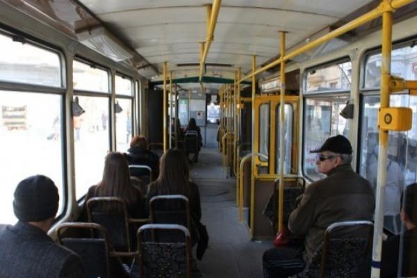 У чернівецьких тролейбусах дозволять їздити більшій кількості пасажирів