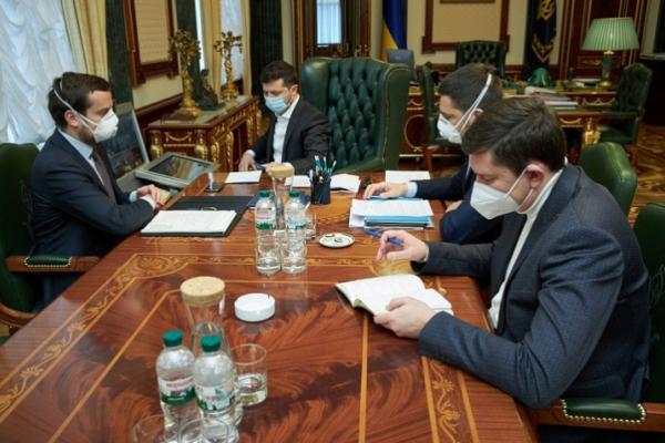 Обов'язковий масковий режим можуть ввести по всій Україні