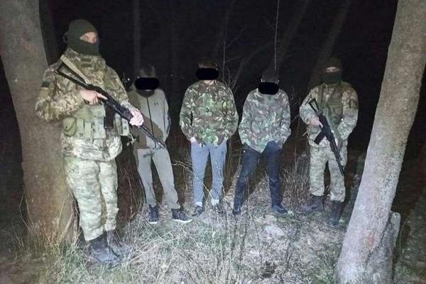 Троє буковинців намагалися перетнути кордон з Румунією